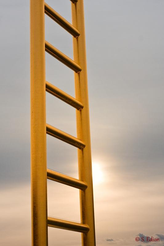 Die Goldene Leiter